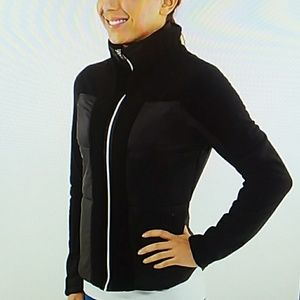 Lululemon St Moritz 6 black down fleece jacket